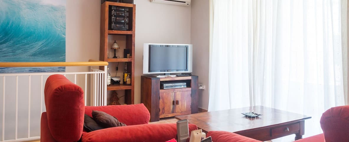 Fantastic duplex apartment located only a one minute walking from the beach of Tamariu. At - Tamariu