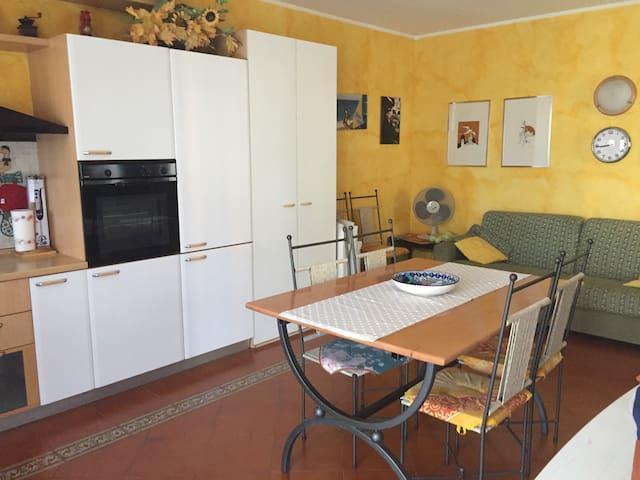 Casa piano terra giardino privato 017179-CNI-00164