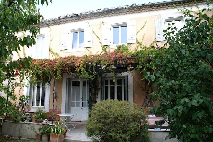 Maison de village proche du Mont Ventoux