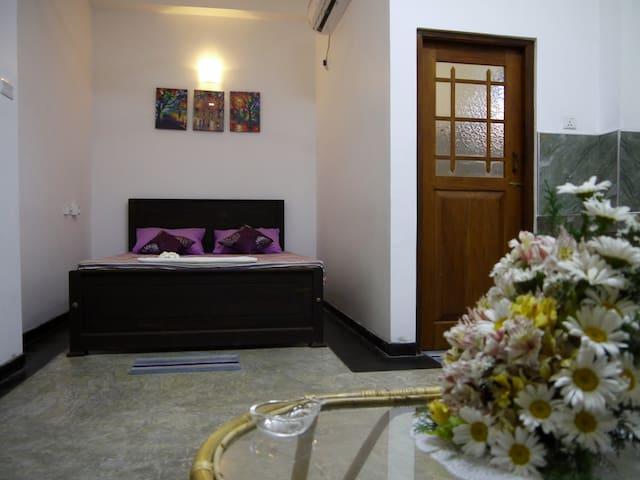Sun Villa Unawatuna - Deluxe Room 30% Discount