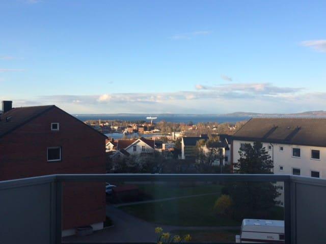 Koselig leilighet med sjøutsikt - Horten - Apartemen