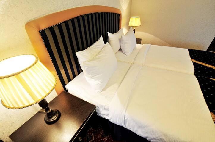 Стандартная и очень уютная комната с 2 кроватями