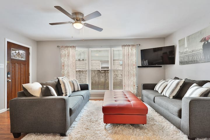 Gentilly Jewel in the Big Easy 2BR/1.5 BA Sleeps8 - New Orleans - Apartmen