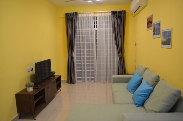 Relaxing Homestay ( Near Airport & City)