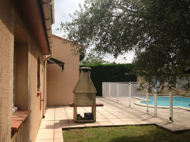Villa T5 a 10 minutes de Toulouse - Seilh - Hus
