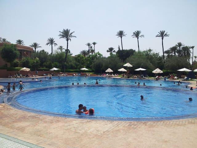Bel appartement meublé au coeur de la palmeraie - Marrakech - Lägenhet