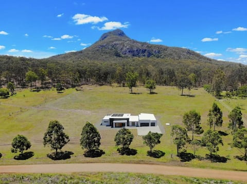 Elysium Fields, a place to relax in Moogerah