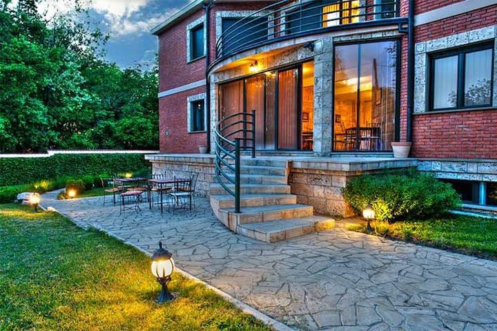 The Belgrade Hills Villa