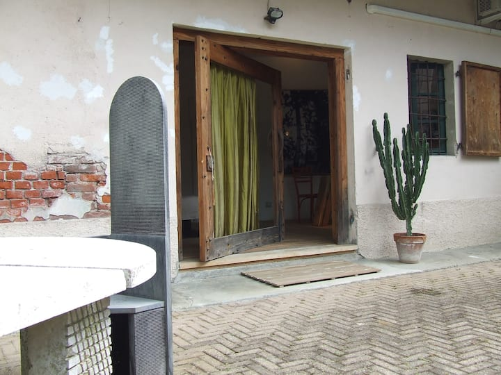 Cascina Galoppa casa d'Artista Junior's suite