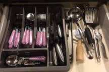 Drawers with essentials