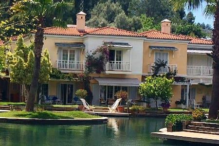Luxurious cozy summer house - Göcek Belediyesi