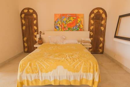 "Two bedrooms apartment ""Maestro"" - Bora Bora"