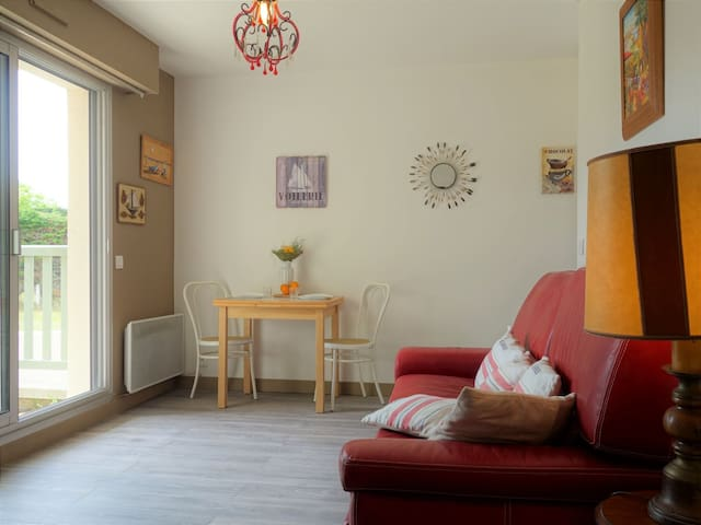 Apartment Castel Morny for 3 persons