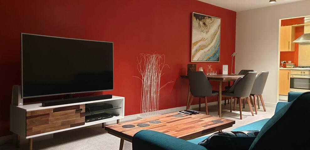 Trendy Apartment close to Dublin Airport & City
