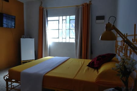 Violet House Hostal Room 1 of Rudy Carralero