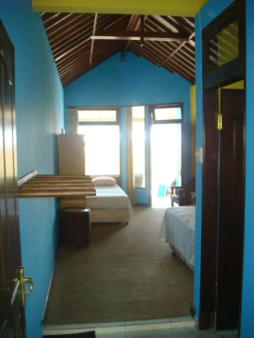 the rooms with full bathroom.