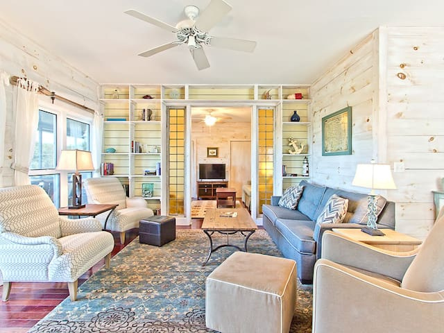 Directly Beachfront Private Custom Home on North Beach, Pet Friendly - At Whitts End