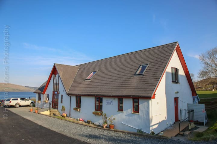 10 Bedroom Self-Catering Holiday Home