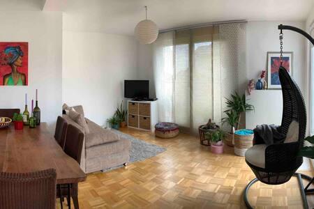 *Cozy room in maisonette apartment*