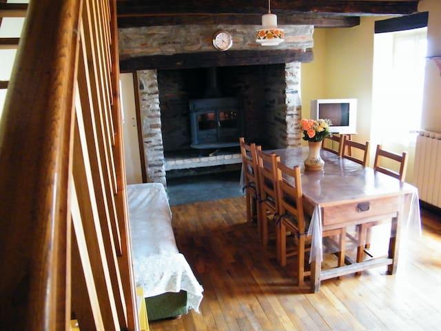 maison calme, reposante et isolée
