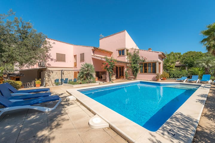 Villa Cala Gran - amazing villa near the beach - Cala Sant Vicenç - Chalet