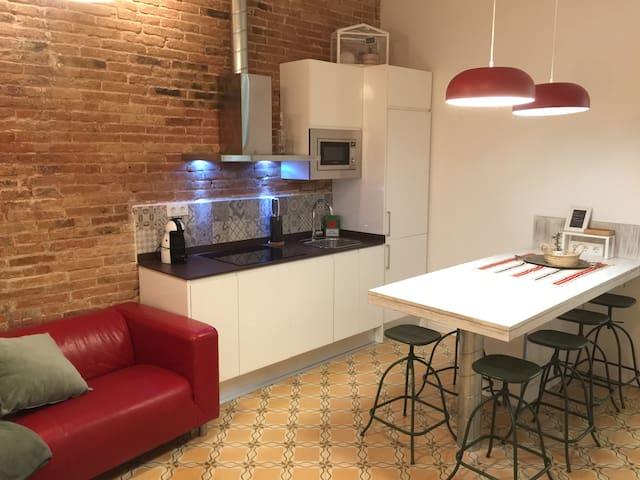 36 CASA en Prat de Llobregat, Carrer Ferran Puig