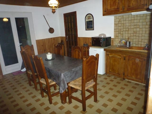 appartement rénové tout confort 90m - Caderousse - Appartement