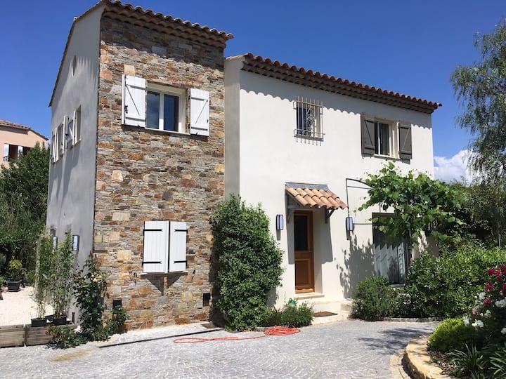"""""""Chez Nous"""" studio au coeur du golfe de St Tropez"""