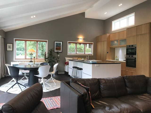 Cottage in the Heart of Historic Arrowtown