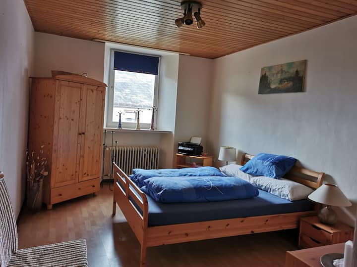 friendly, clean family oriented house in the Eifel
