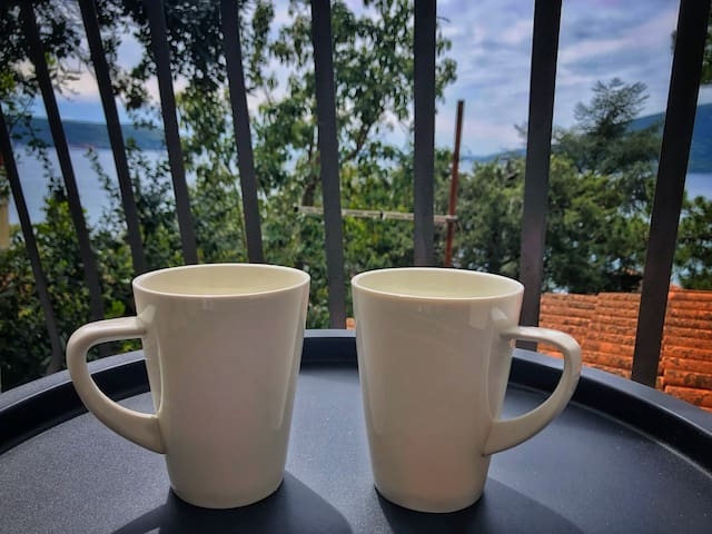 Enjoy your morning coffee or tea on this lovely balcony - day view (living room balcony)