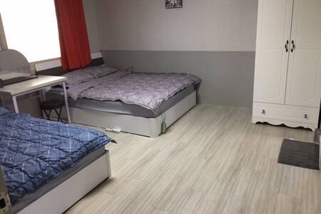 The Park - Quadruple room A - 水營區(Suyeong-gu) - 民宿