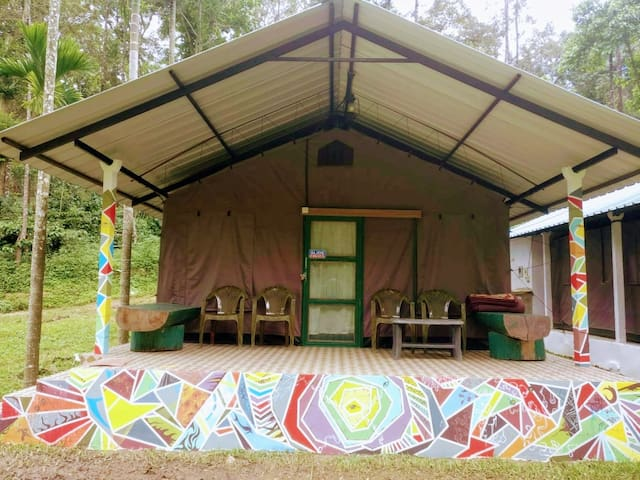 Cottage with a Psychedelic touch.