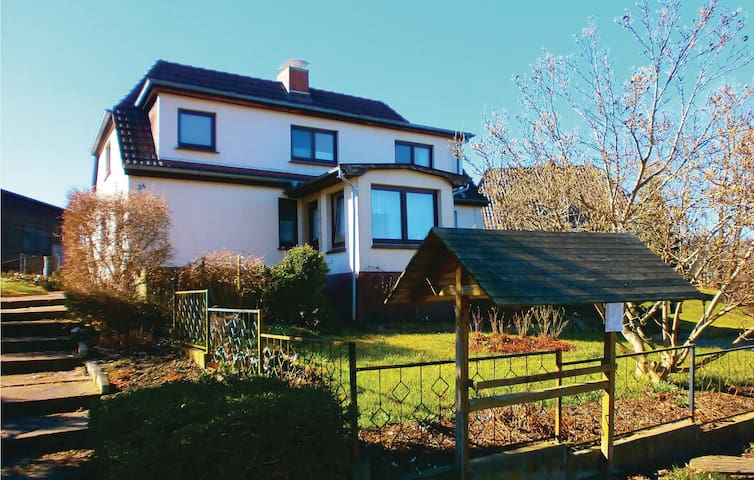 Holiday apartment with 2 bedrooms on 65m² in Blankenhagen