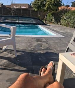 Maison pierre avec piscine au cœur de la Vendée