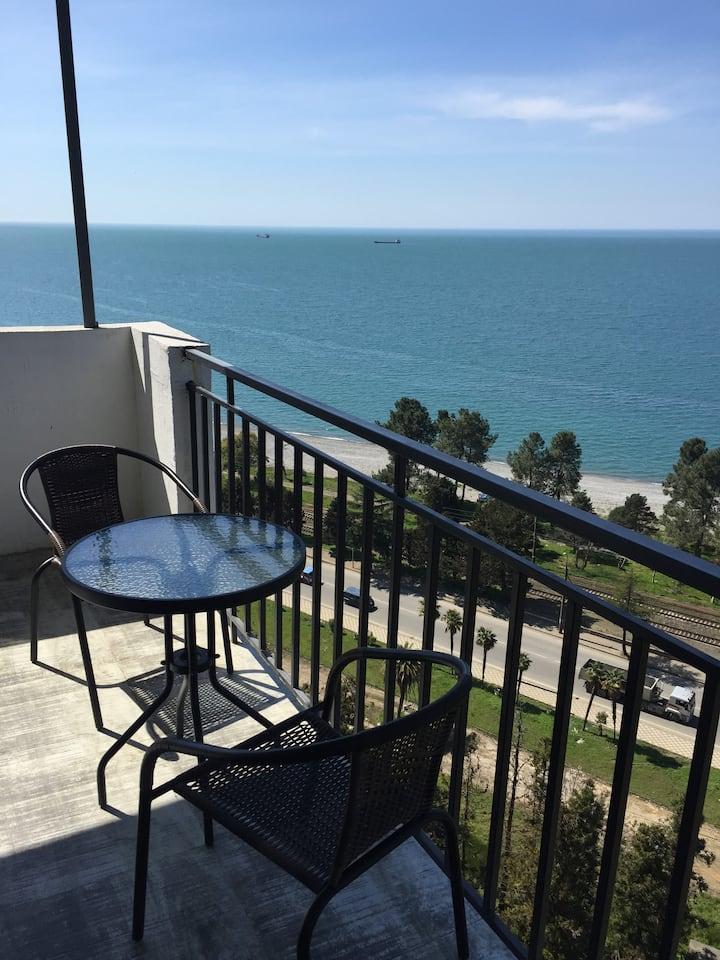 2-х комнатная квартира с потрясающим видом на море