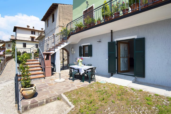 """Charming Holiday Apartment """"Appartamento Bellavista Brenzone"""" with Garden, Mountain and Lake View, Paddling Pool & TV; Parking Available"""