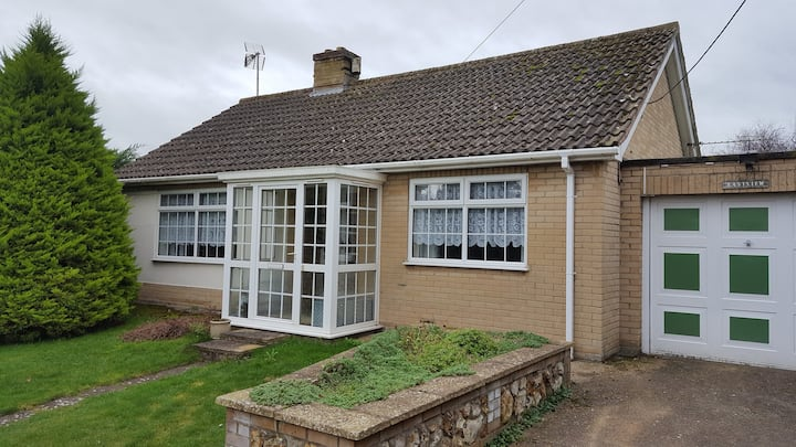 Comfortable bungalow in a quite Norfolk village