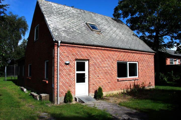Kollekt House - Brande - Casa