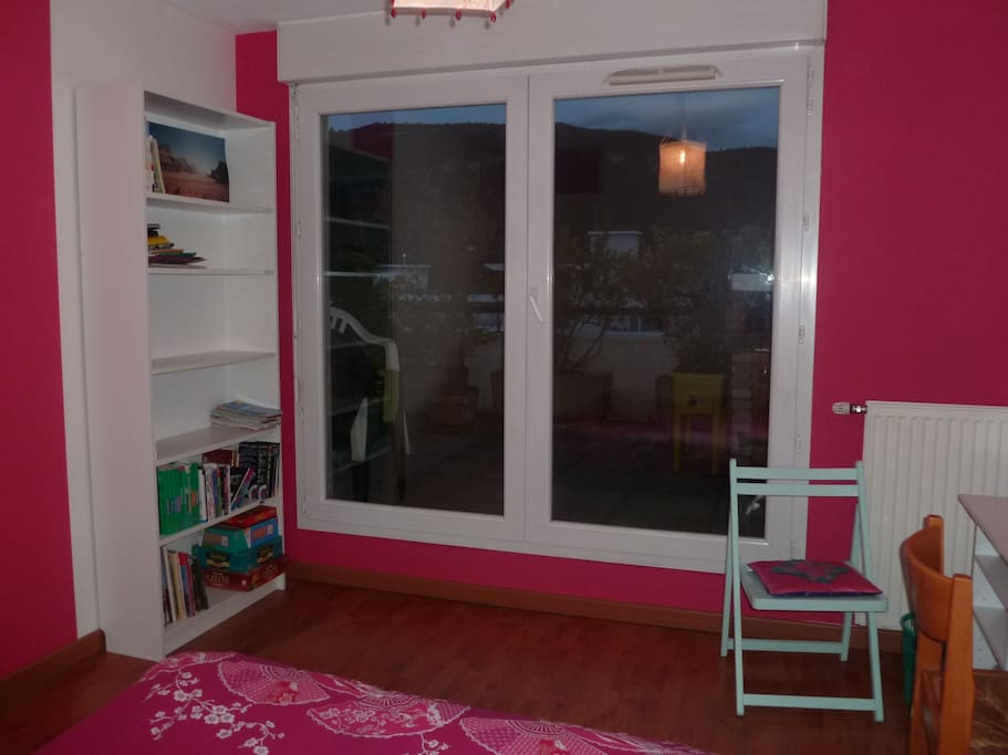 Location chambre annecy seynod appartements louer for Chambre a louer annecy