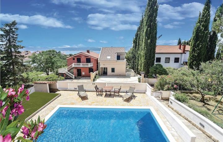 Stunning home in Sv.Petar with WiFi and 1 Bedrooms