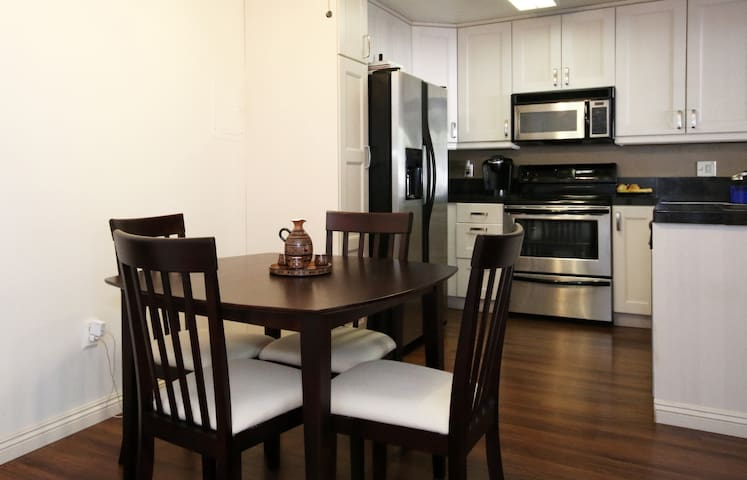 AMAZING remodeled Condo, Heart of San Diego - San Diego - Appartement