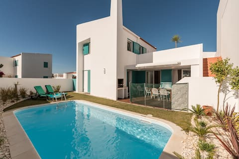 Tender Villa: Beachfront & Private Pool Experience