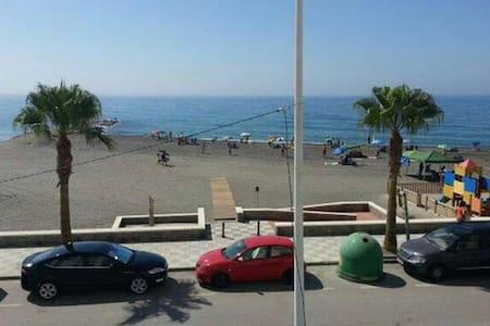 SEA VIEWS AT THE TROPICAL COAST - La Mamola - Apartmen