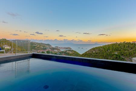 VILLA ANGELO, 2 BR private 5*L Home in ST-BARTHS