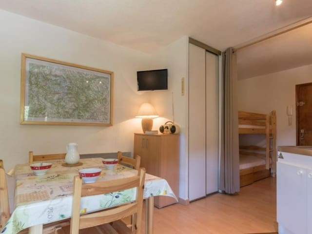 Studio 4 pax. Chantemerle, Serre-chevalier.