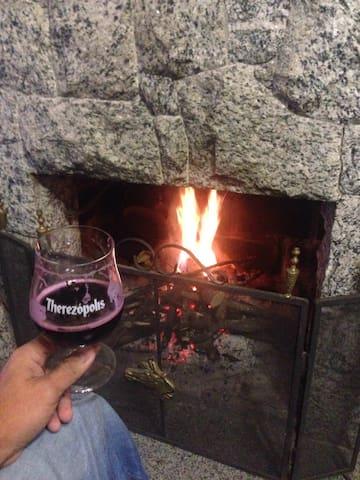 Um Paraíso para descansar na Serra