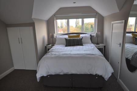 Room 11 PURE Serviced Accommodation - Hull