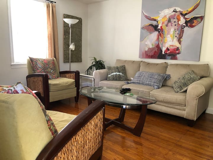 Avondale Park Retreat  B, dog friendly