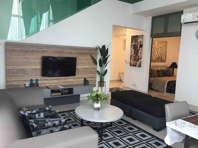 ACComo24 EVO Bangi Duplex Apartment Best Value